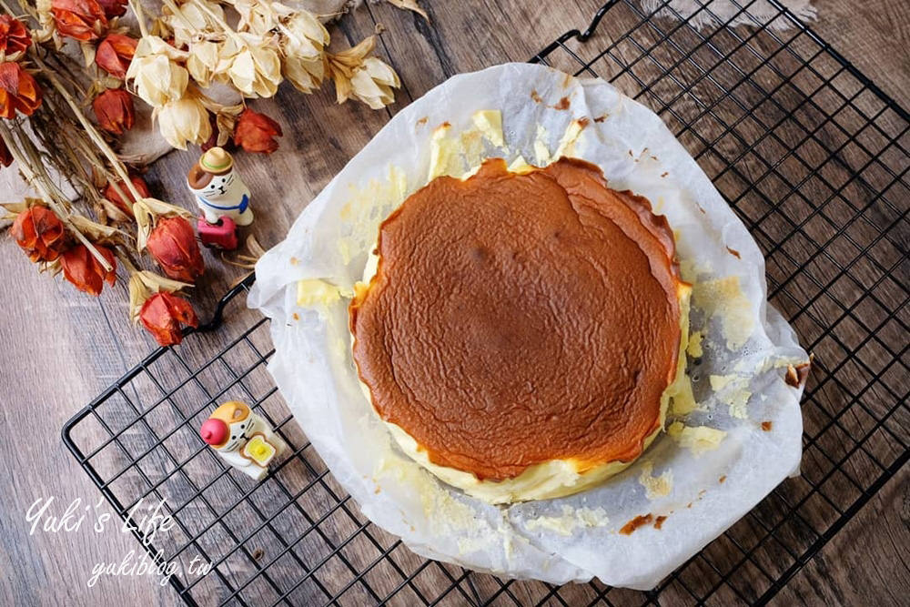 氣炸鍋食譜【巴斯克乳酪蛋糕】無粉無糖減醣食譜輕鬆做×跟凡人版一樣好吃! - yukiblog.tw