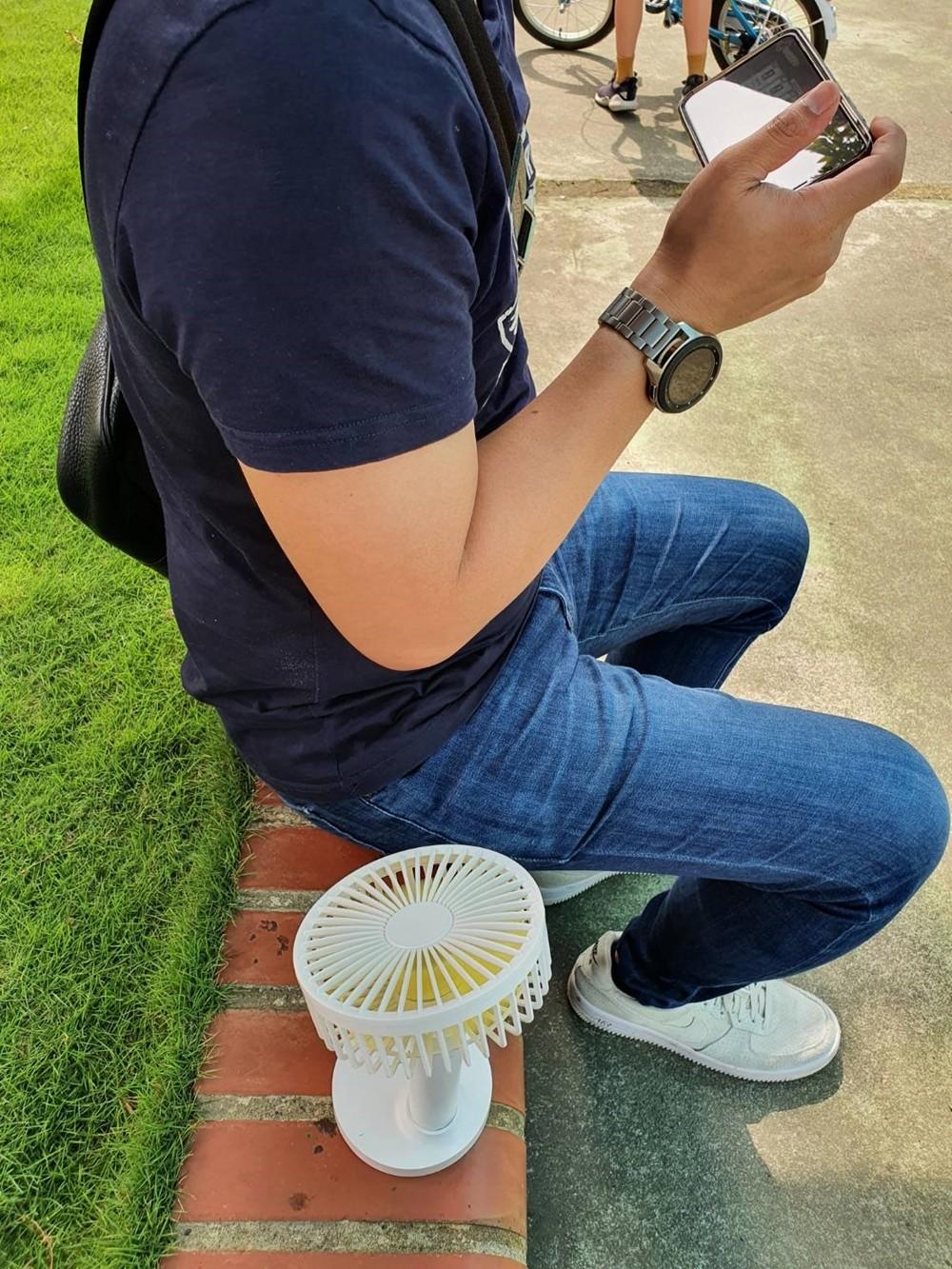 飆溫開搶團》夏日好物首選KINYO隨身電風扇×多款造型不同功能任你選 - yukiblog.tw