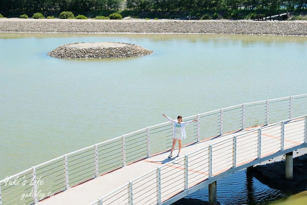 台南免費親子景點【七股遊客中心】鹽山地景設計、嘟嘟小火車、互動設施、白色浪漫IG約會景點 - Yuki's Life - yukiblog.tw