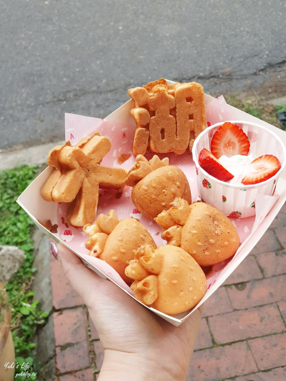 苗栗「Hen厚食雞蛋糕」大湖草莓造型雞蛋糕~超可愛的粉色少女系甜點 - yukiblog.tw