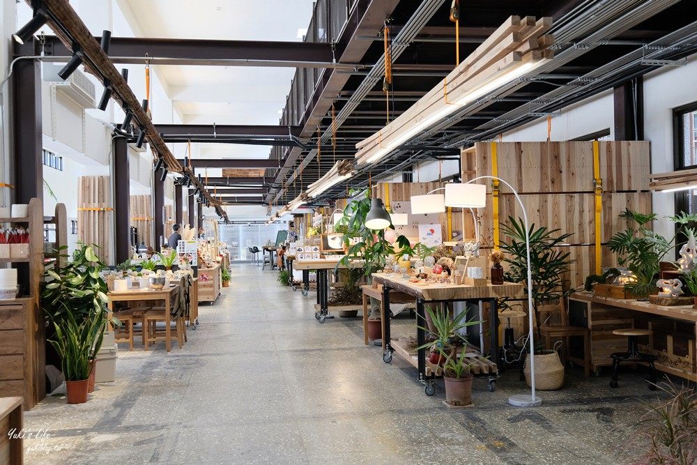 台北新景點》瓶蓋工廠台北製造所,南港免門票美拍好去處!還能手作DIY、喝咖啡下午茶 - yukiblog.tw