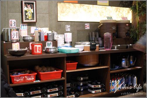 [食]新莊-新外灘美食茶館(傳說中の超大炸豬排) - yukiblog.tw
