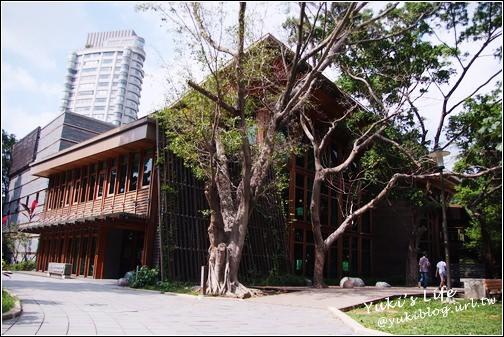 [北投文化之旅]*美麗綠建築 – 北投圖書館