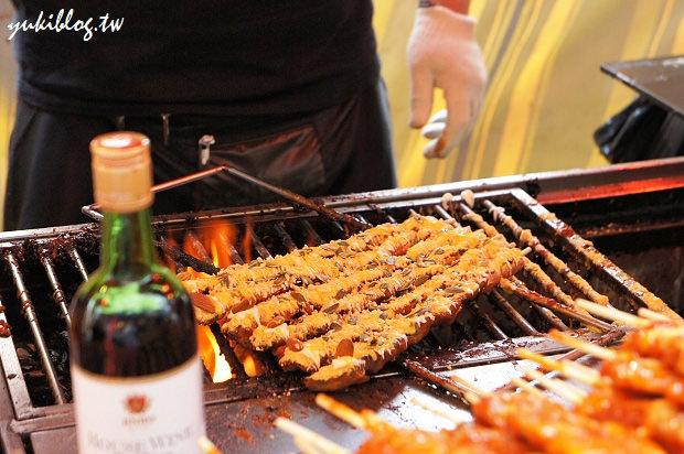 [2011韓國‧首爾行2+1]*12*新村‧超辣的高級紅酒烤肉串! (有地圖) - yukiblog.tw