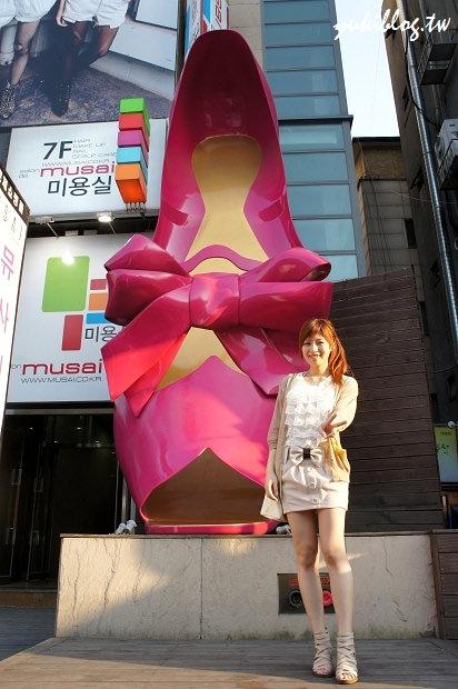 [2011韓國‧首爾行2+1]*13*梨大‧粉色高跟鞋 ~ koseny 精緻小物雜貨文具店(有戰利品)