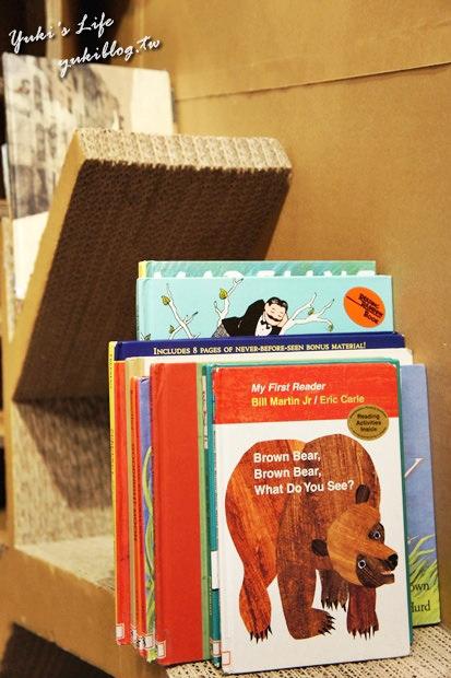 [南部小吃四日遊]*高雄‧兒童美術館 ~ 一個很好溜小孩.有室內遊戲.也可以玩沙喲!(免費入場) - yukiblog.tw