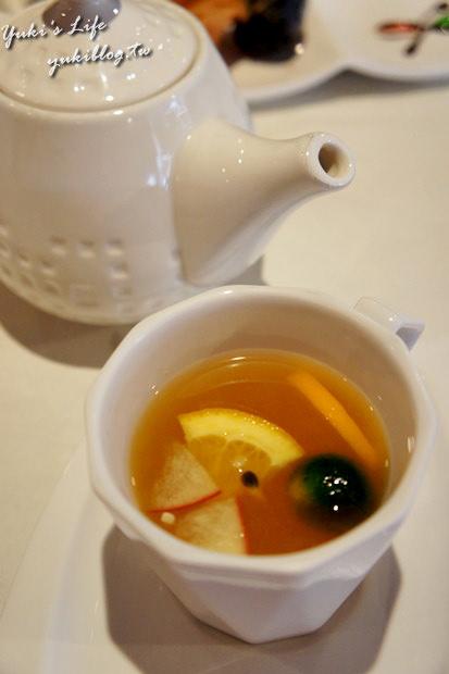 [板橋_食]*Tasty 西堤牛排 ~ 吃這個果然需要很有空的時候‧好飽呀!(府中站‧中山店) - yukiblog.tw