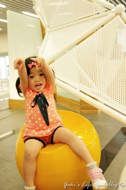 [台中_遊]*國立臺中圖書館 ~ 很美的一個親子假日好去處 - yukiblog.tw