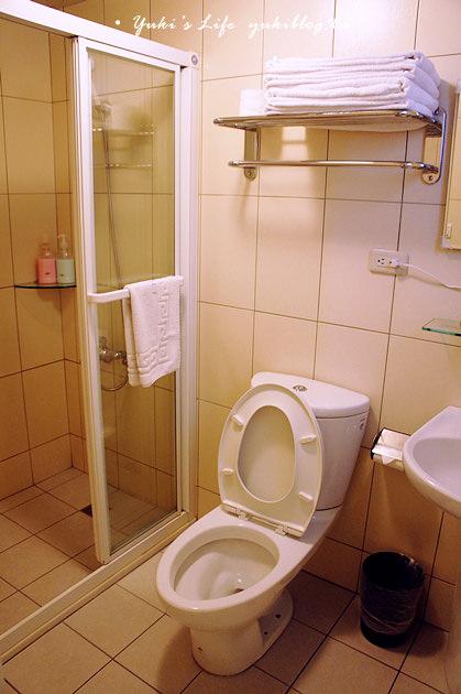 [台中住宿]*二訪「i旅行」‧奧斯陸森林四人房~經濟實惠又舒適.樓下就是一中街 - yukiblog.tw