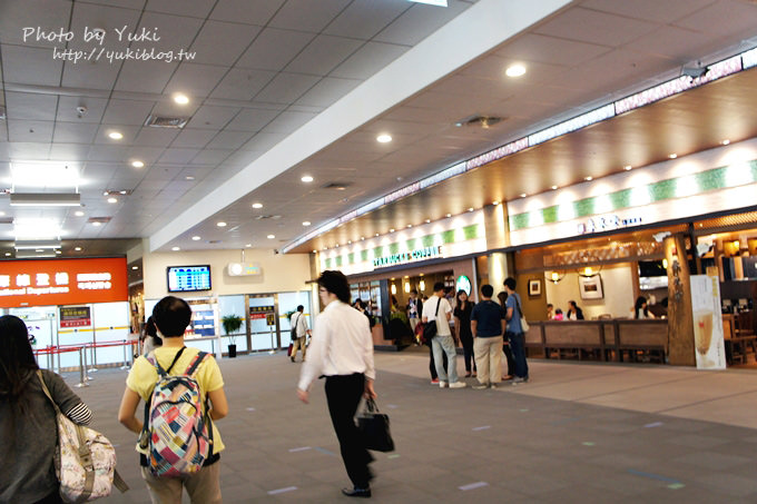2013日本┃台北松山机场国际航线‧2楼可爱的候机大厅 & 日本航空飞机餐 ❤ - yukiblog.tw