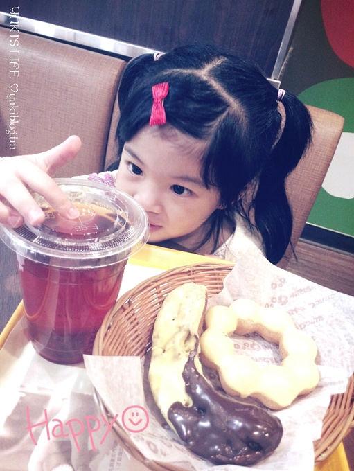記錄┃misterdonut香蕉季的小幸福 ❤ (手機ASUS PadFone Infinity隨拍) - yukiblog.tw