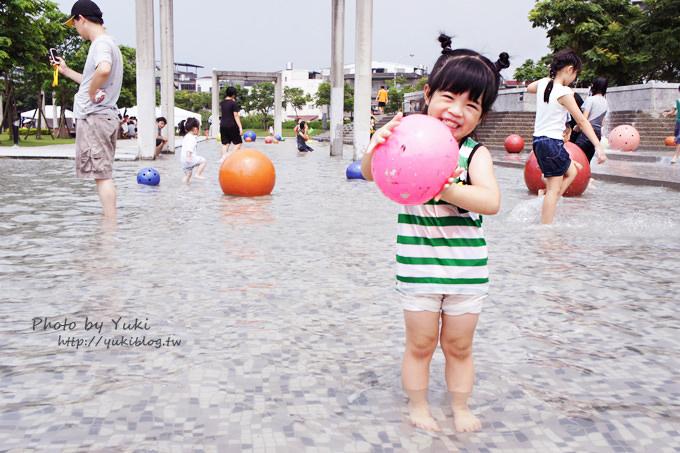 台北旅遊┃鶯歌陶瓷博物館‧夏季清涼限定‧又來去玩水囉~~ 免費的喲!