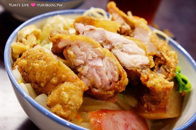 台北車站美食【台生飲食亭】好香的古早味雞腿飯、復古街道場景