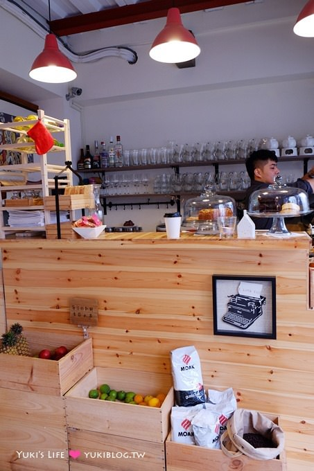 板橋江子翠早午餐【翻桌吧Turning Table BRUNCH】菜色豐富、咖啡好大杯 - yukiblog.tw