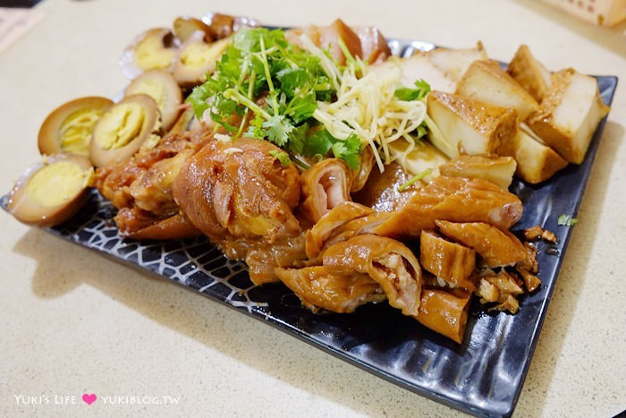 宜蘭礁溪【三民大飯店】平價大鍋滷味小吃~鐵皮屋下的在地隱藏版美食
