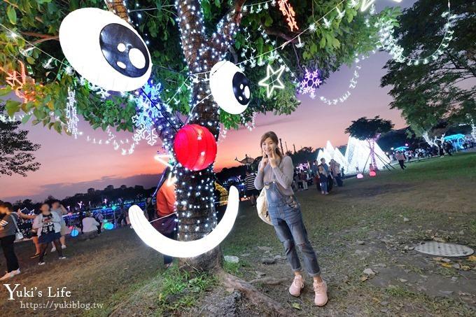 《2018宜蘭奇幻耶誕村》浪漫童趣造景帶你逛透透!月亮盪鞦韆×小精靈×禮物聖誕樹×旋轉木馬兒童歡樂廣場~