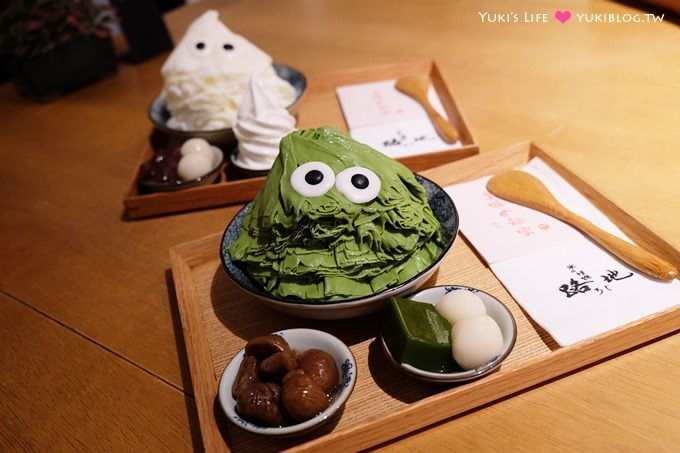 台中【路地氷の怪物】怪物冰必打卡.自選配料抽號碼牌排隊美食