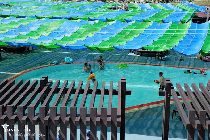 台中景點【大安濱海旅客服務中心】免費玩水游泳池!沙灘戲水親子好去處! - yukiblog.tw