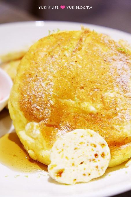 台北東區下午茶【咖朵咖啡Caldo Cafe二店】招牌熱蛋糕搭配蜂蜜奶油是一絕! - yukiblog.tw