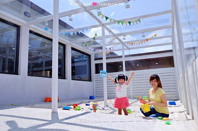 桃園龍潭【林可可家的牧場】親子寵物餐廳~玻璃屋沙坑、大草皮、兒童遊戲室