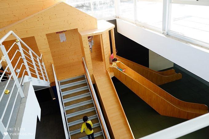 南投埔里免費親子景點【米田貢】室內木質溜滑梯×玩沙池~水果酥一人一塊請你吃