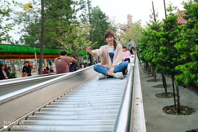 台南景點【佳福寺】滾輪溜滑梯兒童樂園×免費親子景點×烤肉區×野餐大草皮