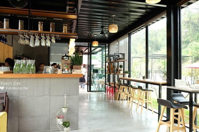 南投魚池新景點景觀餐廳【(遇見幸福)約定幸福Pizza&Coffee】玻璃屋大沙坑親子餐廳×日月潭餐廳(假日限定) - yukiblog.tw
