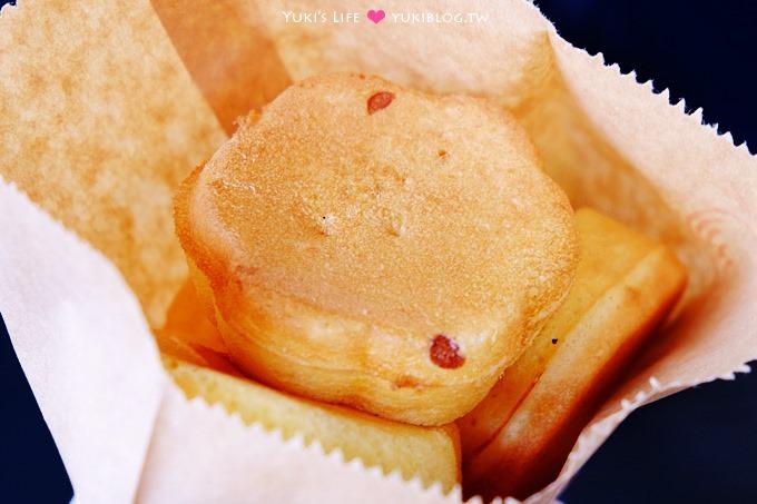 新竹美食【站前梅花雞蛋糕】彈性十足的5元大滿足小吃! @新竹火車站 - yukiblog.tw