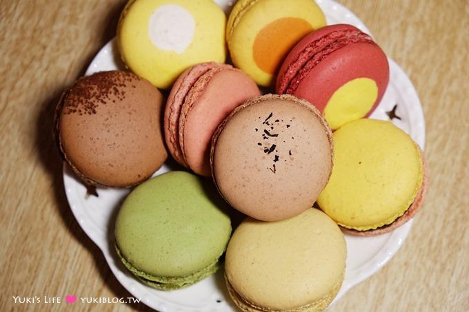 台北【安娜可可藝術坊 Anna Cocoa Art】馬卡龍、手製巧克力、閃電泡芙情人節禮盒~不甜膩的莊園級享受❤