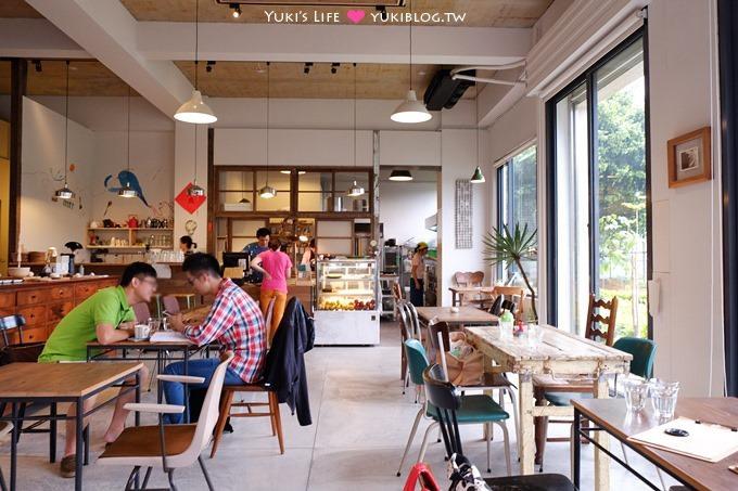 桃園龜山美食【hiii birdie 知鳥咖啡】明亮有小公園的友善親子餐廳、蛋糕超棒! - yukiblog.tw