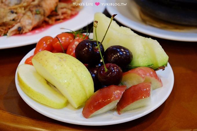 宜蘭冬山美食【富哥活海產】好吃海鮮料理.附贈頂級水果盤!超讚的啦! - yukiblog.tw