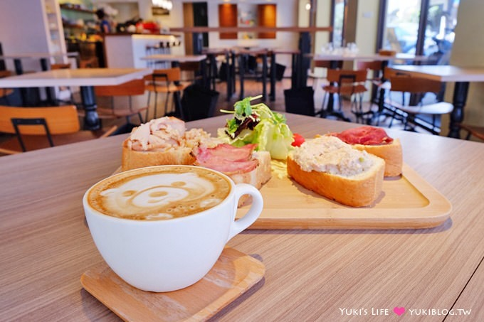 台北早午餐【La Bon Cafe】不限時免費插座wifi、熊拉花咖啡、8點營業 @市政府站