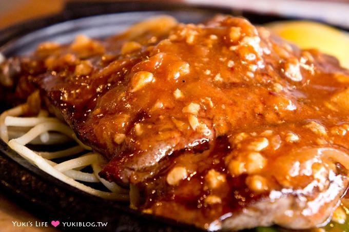 宜蘭五結【來來牛排】強大的蒜香脆皮雞排、平價牛排結合時尚建築 - yukiblog.tw