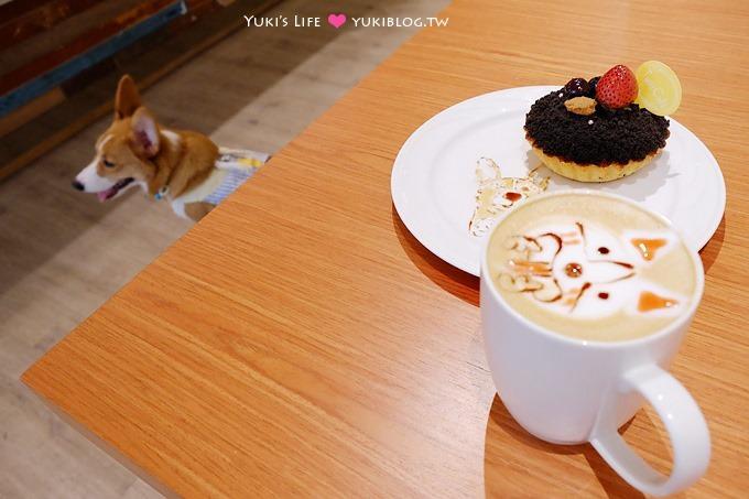 台北美食【圖比咖啡Tutti Cafe(敦北店)】可愛店狗柯基坐檯及彩繪甜點盤、咖啡 @中山國中站 - yukiblog.tw