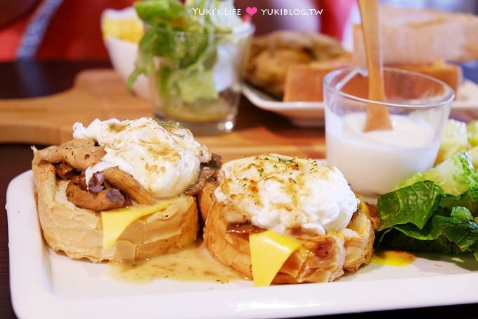 新莊美食【V+ing 早午餐】平價Brunch加上很古早味的老厝風格 @近輔仁大學