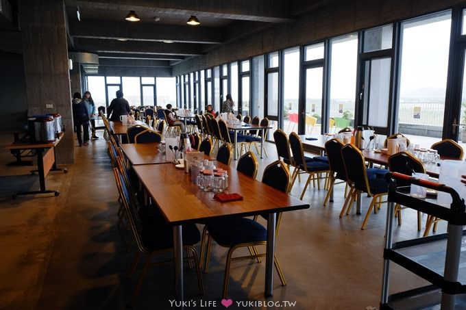 宜蘭新景點【奇麗灣珍奶文化館】燈泡珍珠奶茶西餐廳吃到飽×珍珠奶茶DIY送玻璃杯×沙坑親子下雨天好去處 - yukiblog.tw