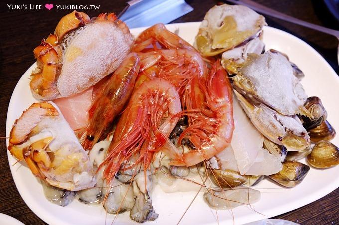 台北美食【八海精緻鍋物料理】豐富海鮮、超多食材火鍋麻辣鍋吃到飽 @西門町店