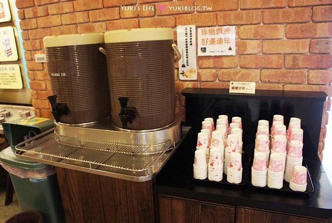 宜蘭景點【亞典菓子工場觀光工廠】蛋糕密碼館、大方試吃、咖啡免費喝 - yukiblog.tw