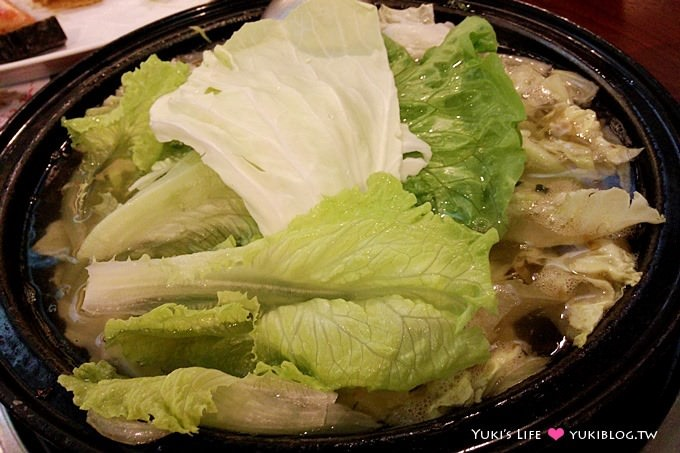 蘆洲美食【旺角石頭火鍋】最懷念的古早味~好香的沙茶 @長安店 - yukiblog.tw