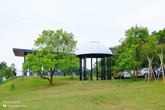 台中夜景親子景觀餐廳【綠朵休閒農場】鋼琴建築結合大草皮沙坑~玩耍放風去 - yukiblog.tw