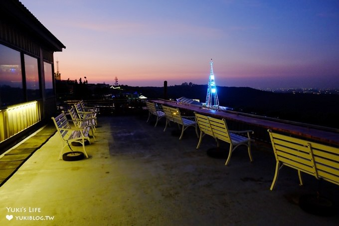 桃園龍潭親子景點【享夜景觀咖啡】LOVE約會拍照點×草皮溜滑梯×遠眺台北101夜景餐廳 - yukiblog.tw
