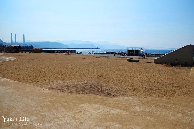 新!基隆景點【和平島公園】堆沙堡超大沙灘親子景點×天然海泳池、親親兒童戲水池~ - yukiblog.tw