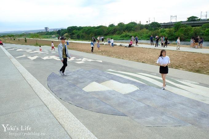 台中景點【筏子溪TAICHUNG新地標】賞高鐵、散步約會景點 - yukiblog.tw