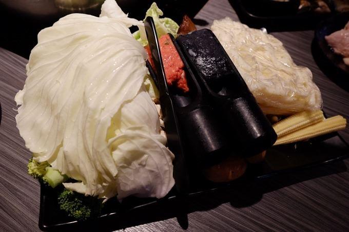 台北美食【醉麻辣頂級麻辣駌鴦鍋】頂級食材、16口味Haagen-Dazs冰淇淋吃到飽 @國父紀念館站 - yukiblog.tw