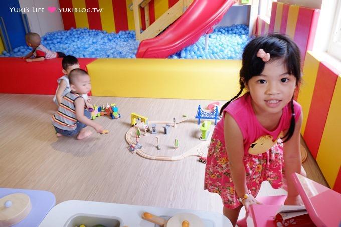 永和【BabyWonderland童話世界親子餐廳】8/8起試營運.Hape無毒木製玩具、決明子沙池、球池(較適合2-6歲)永安市場站