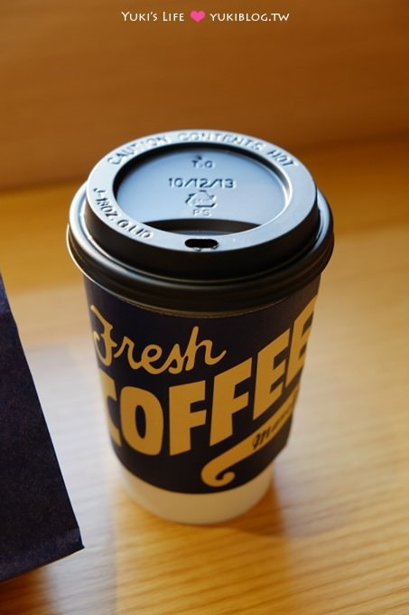 韓國首爾【倫敦COFFEE Manoffin】以瑪芬蓋子咖啡聞名×速食漢堡隨手帶著走有點像麥當當早餐 - yukiblog.tw