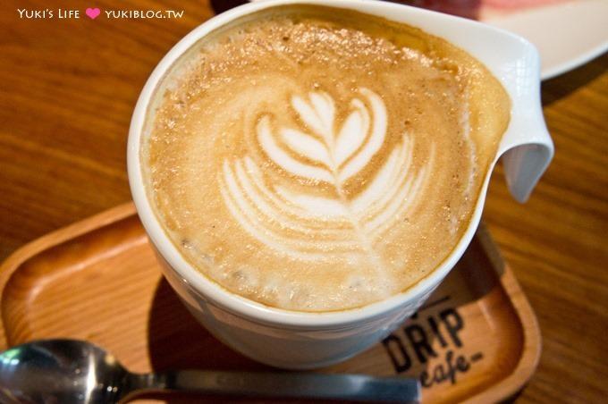 東區下午茶【好滴咖啡Drip Cafe(忠孝店)】充滿綠意的用餐環境、人氣草莓可頌甜甜圈 @忠孝敦化站 - yukiblog.tw