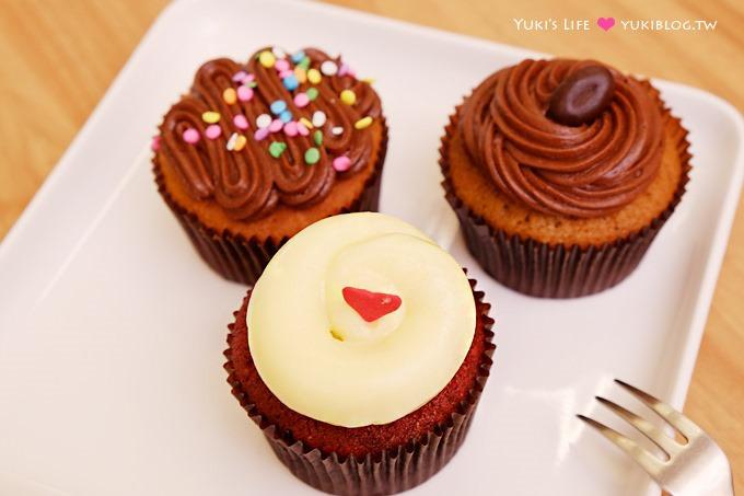 台北甜點【twelve cupcakes杯子蛋糕】新加坡人氣點心、款式超多~~好吃! @國父紀念館站