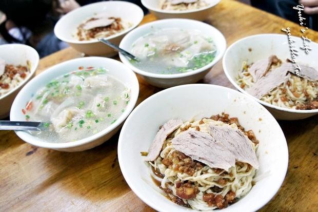 [南部小吃四日遊]*福榮小吃店‧阿瑞意麵&阿龍香腸熟肉&友愛鹽酥雞 - yukiblog.tw